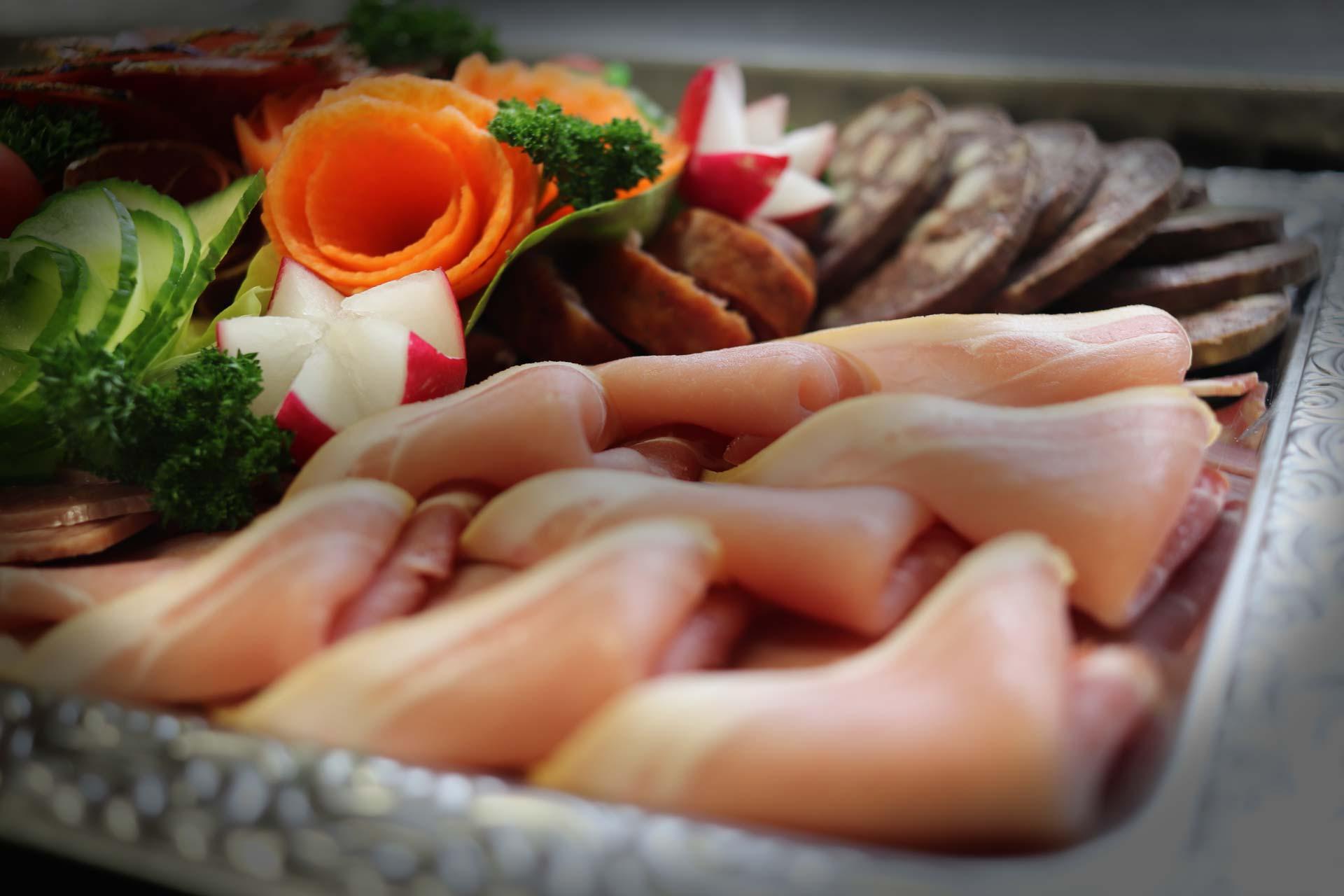 Startseite-Fleischerei-Raetze-Partyservice-Catering